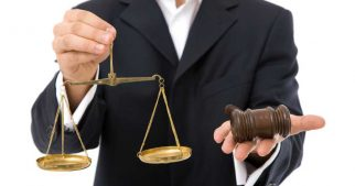 pursue-a-career-in-legal-field-after-graduation-some-guidance-bar-council-lawyers-advocate-specialized-course-in-law-future-prospects-law-service