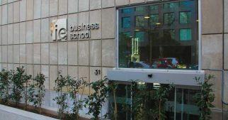 ie-business-school-tops-ft-online-mba-ranking-2017