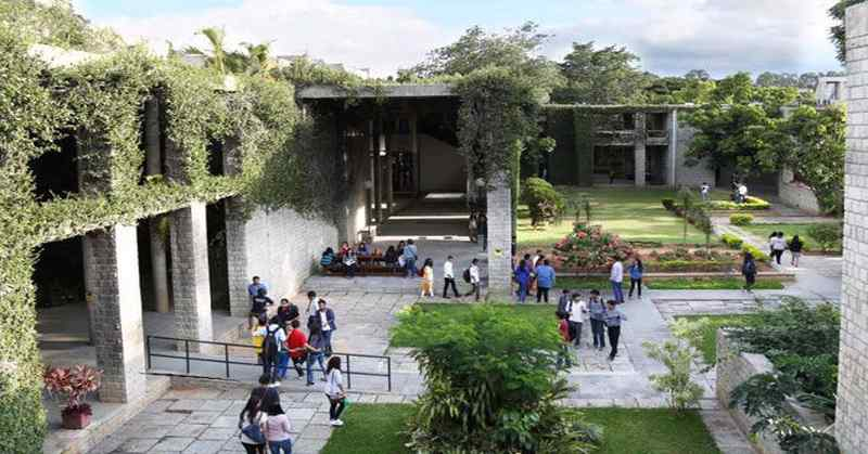 Consulting and E-Commerce Sector Tops in IIMB Summer Placements 2018, E-Commerce and Strategy Consulting firms increase share in Summer Placements at IIM Bangalore